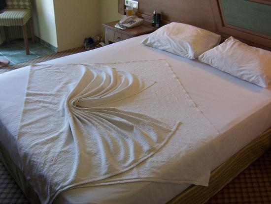 our bed with top sheet design picture of eken resort hotel gumbet