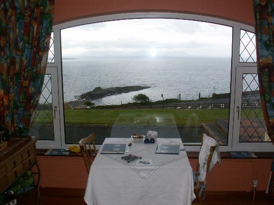 Killybegs, Irlanda: Breakfast with a view!