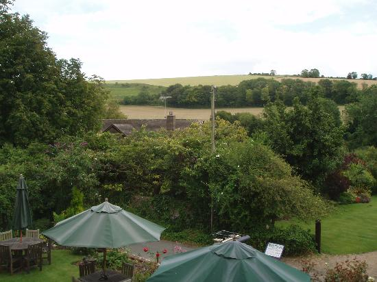 Burpham Country House : View from our bedroom window - 1