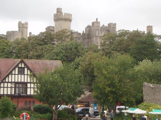 Burpham Country House: Arundel and Castle