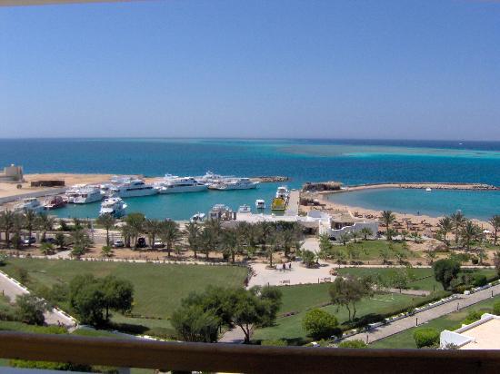 Hilton Hurghada Plaza: vista de la playa desde mi habitacion