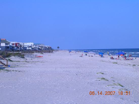 St George Island, FL: A view down the beach.