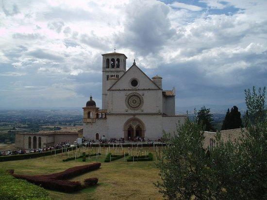 Le Silve di Armenzano di Assisi : Basillica, Assisi