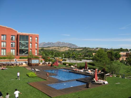 Barcelo Montserrat: Pool from terrace