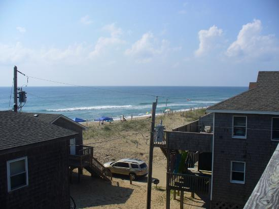 Outer Banks Motel: view of beach and ocean
