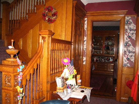 Franklin Victorian Bed & Breakfast: Common Area