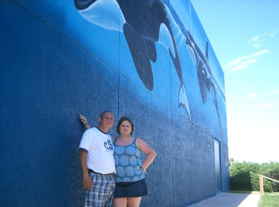 Whaling Wall: Me and hubby @ wall 2007