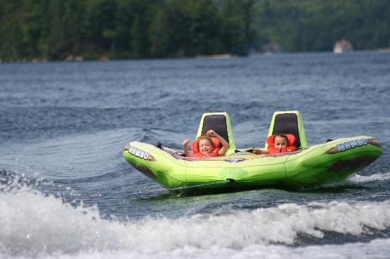 Shamrock Lodge : Tubing fun
