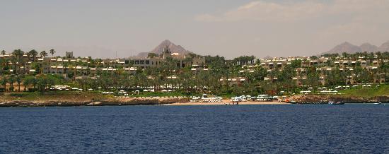 Four Seasons Resort Sharm El Sheikh: Vue générale depuis la mer