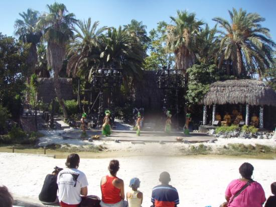 Salou, Espagne : Show de la Polynesia