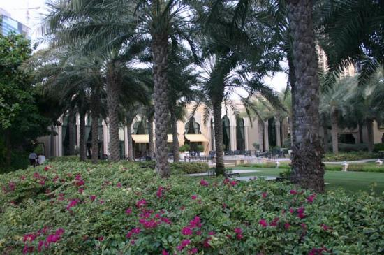 Residence & Spa at One&Only Royal Mirage Dubai: Garden