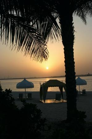 Residence & Spa at One&Only Royal Mirage Dubai: Sunset on the beach