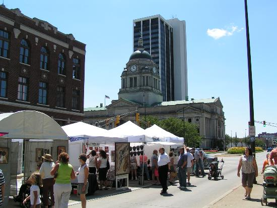 Fort Wayne, Indiana: Downtown Ft. Wayne/Allen Co. Courthouse - Three Rivers Fest