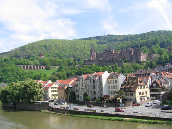 Heidelberg, Tyskland: Castle from Karl Theodore Bridge