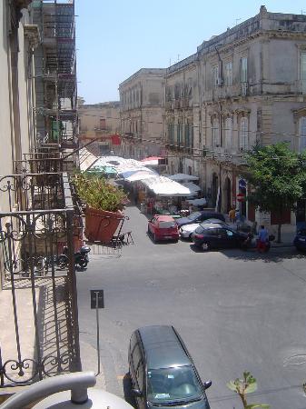 Hotel Posta: Las vistas. Pleno centro Ortigia