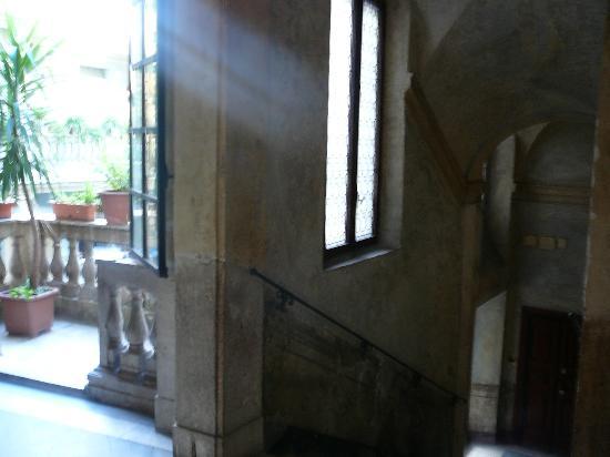 Casa Banzo: Hallway at Casa Brasa