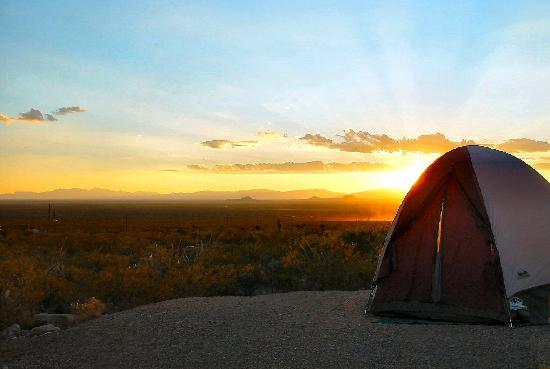 Alamogordo, Nouveau-Mexique : sunset at the campsite