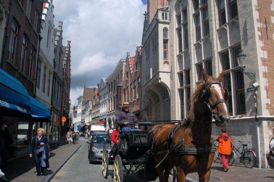 Absoluut Verhulst: Brugge Street