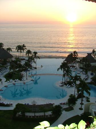 Grand Velas Riviera Nayarit: view from our top floor room
