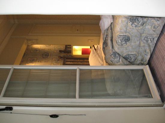 Hotel Arioso: Cozy 2nd floor room