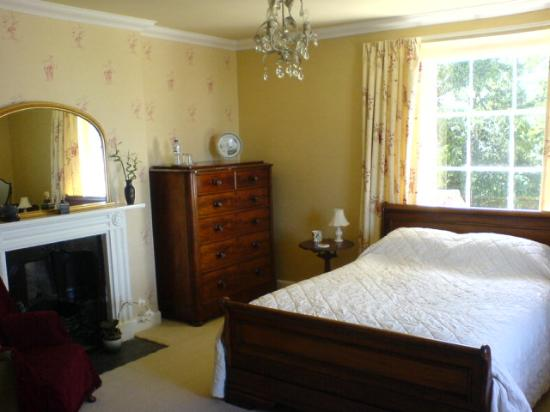 Avon View: double bedroom