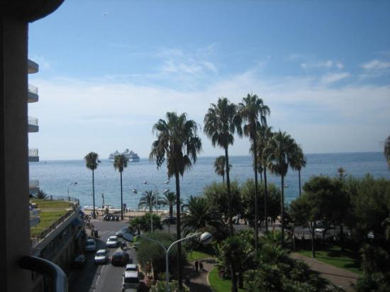 Hotel Belle Plage: Another balcony view