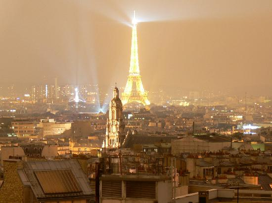 Hotel Carlton's: Eiffel Tower from rooftop