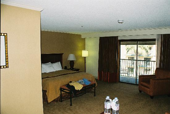 DoubleTree by Hilton Hotel Ontario Airport: Bedroom 3