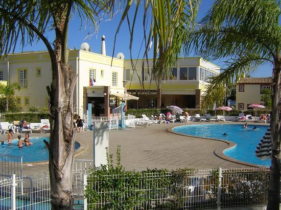 Ponta Grande Resort: The pool