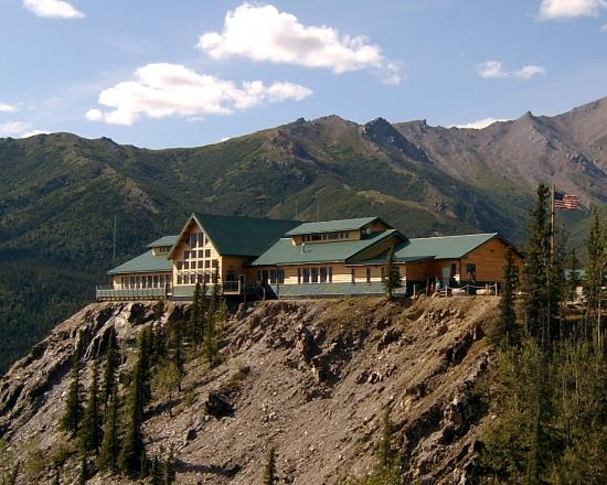 Spectacular picture of grande denali lodge mckinley for Denali national park cabins