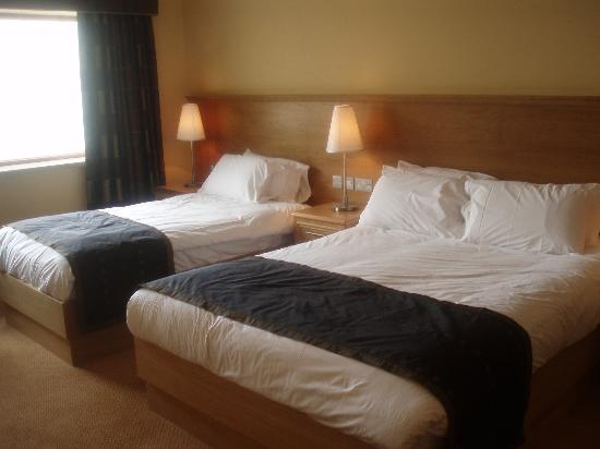 Diamond Coast Hotel: Comfy beds