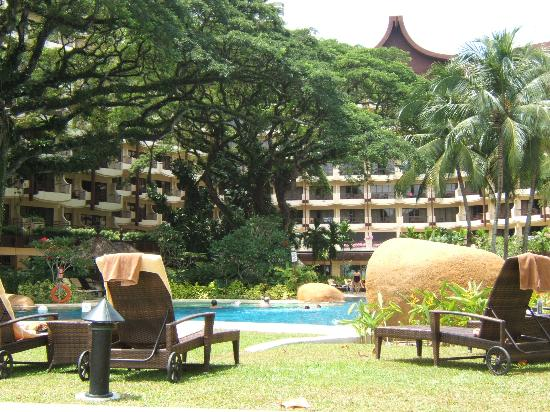 Shangri-La's Rasa Sayang Resort & Spa: garden wing