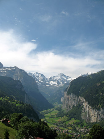 Венген, Швейцария: View from the church in Wengen