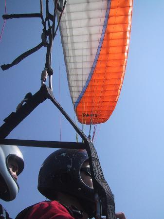 Hideaway Hotel: Paraglinding 1