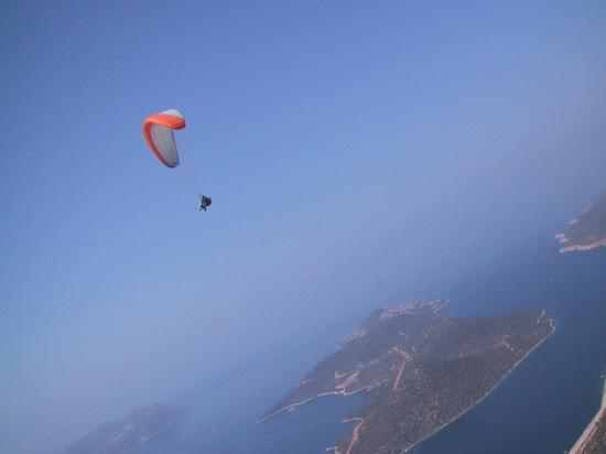 Hideaway Hotel: Paraglinding 2