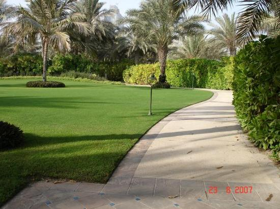 Residence & Spa at One&Only Royal Mirage Dubai: Nice walkways