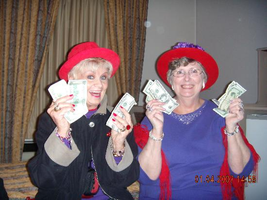 Bally's Tunica Casino Hotel: Red Hats staying at Bally's