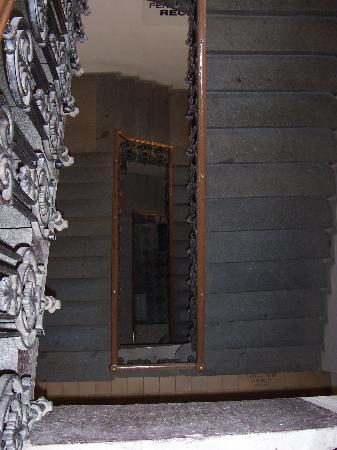 Balbin Hotel: Pension Balbin, le scale