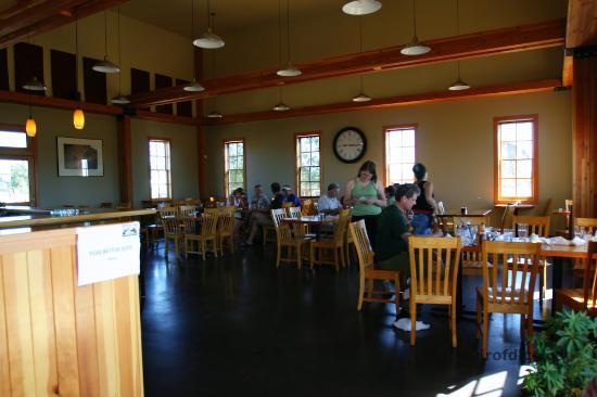 Terrebonne Depot: Interior (they also have patio seating)