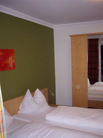 Hotel Obermayr: Cama