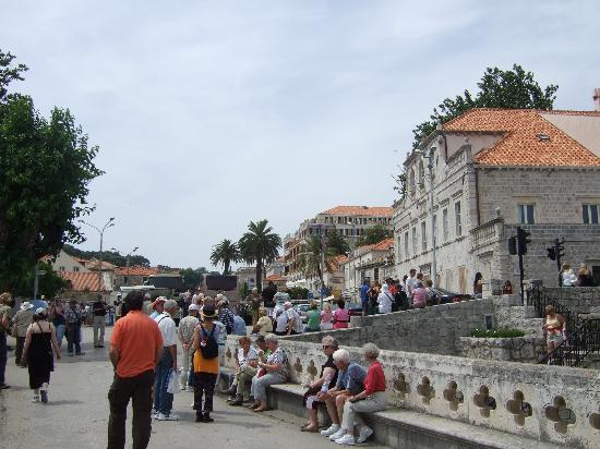 Hilton Imperial Dubrovnik: Hotel from town gate