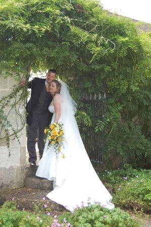 The Moonraker: Our happy day in the The Old Manor  hotels gardens