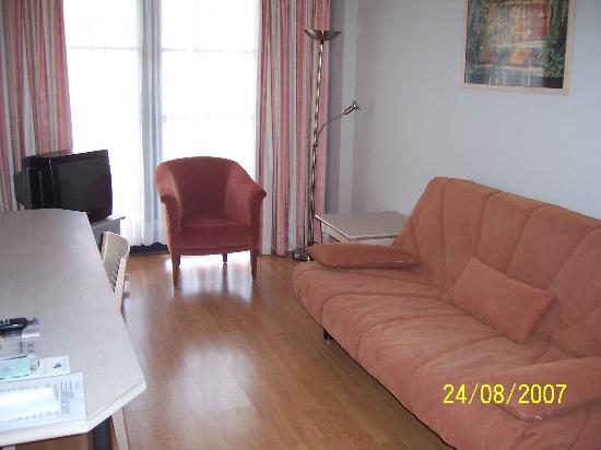A-XL Flathotel: Living Area