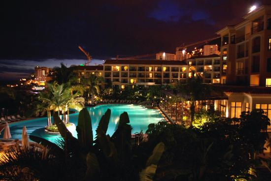 Porto Mare Hotel (Porto Bay): Piscine de nuit