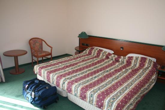 Mediteran: le grand lit