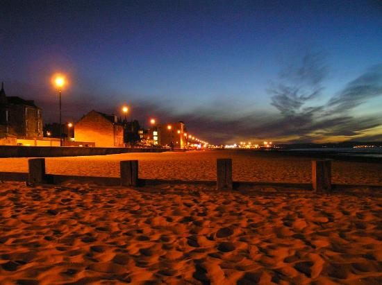 Abercorn Guest House: Sunset at Portobello Beach