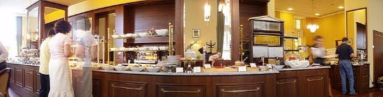 Polonia Palace Hotel: Breakfast buffet