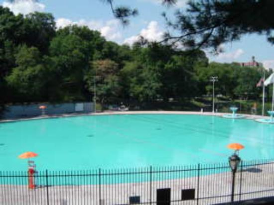 Lasker Pool Central Park Picture Of Central Park New York City Tripadvisor