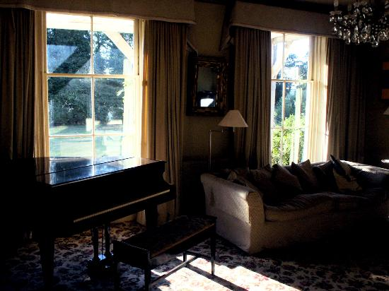 Cross O' Th' Hill Farm: Guest Lounge with Baby Grand Piano