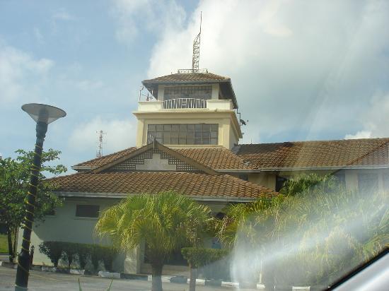 The Lanai Langkawi Beach Resort: the lanai  view from main entrance road